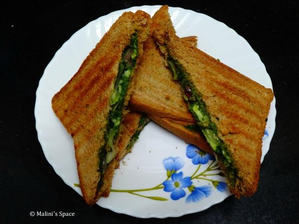 Mint and Onion Sandwich