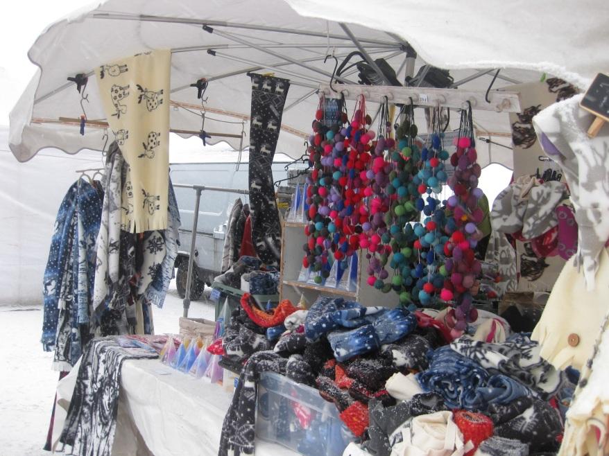 Market Square winter shopping