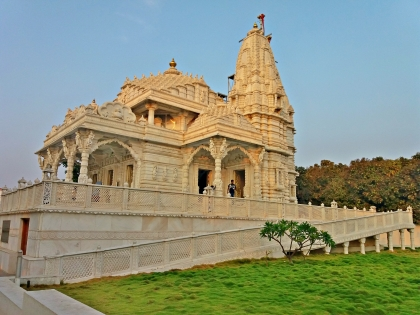 Parshwanath temple - Main Entrance