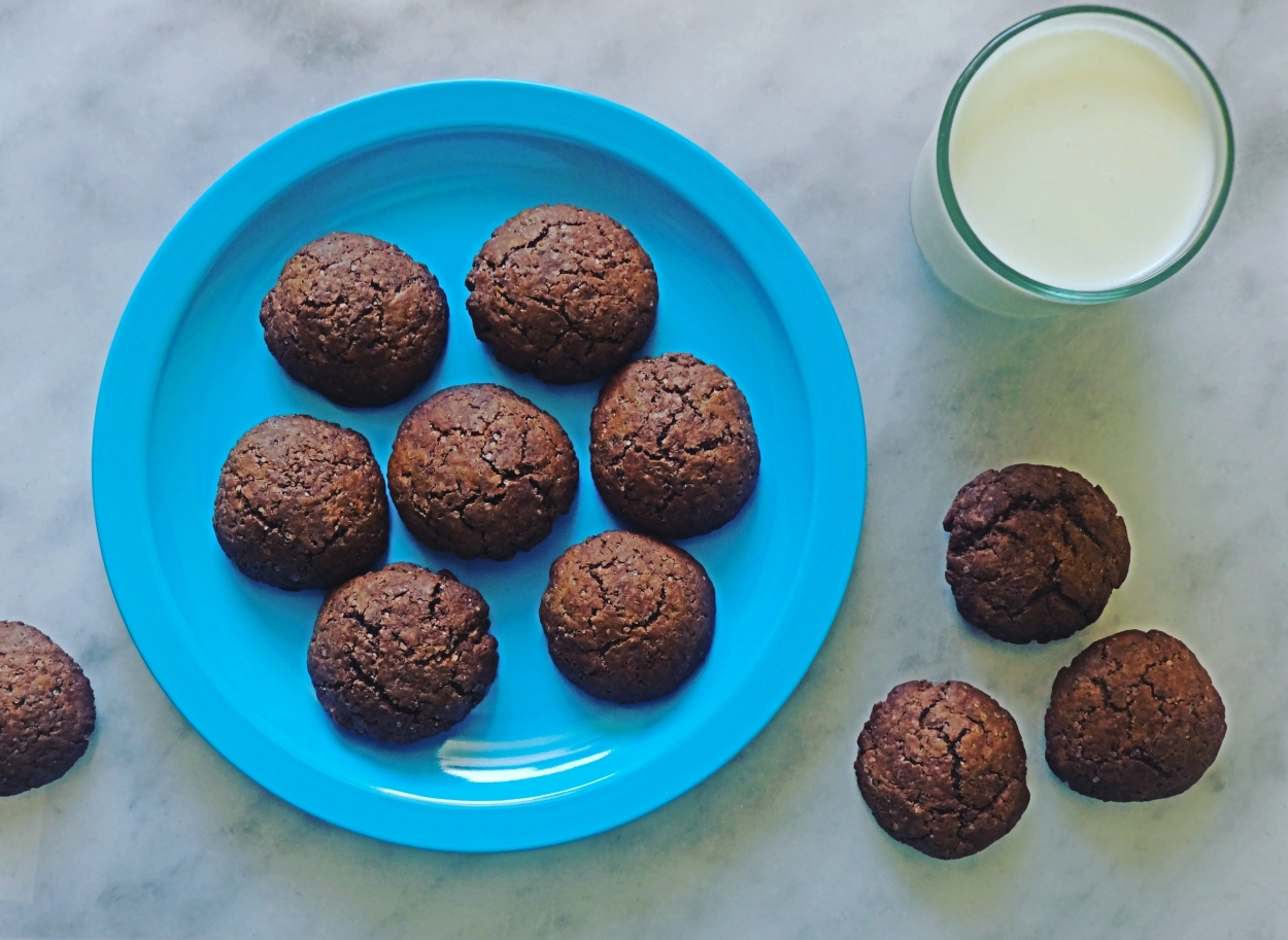 Egg-less Chocolate Cookies Recipe