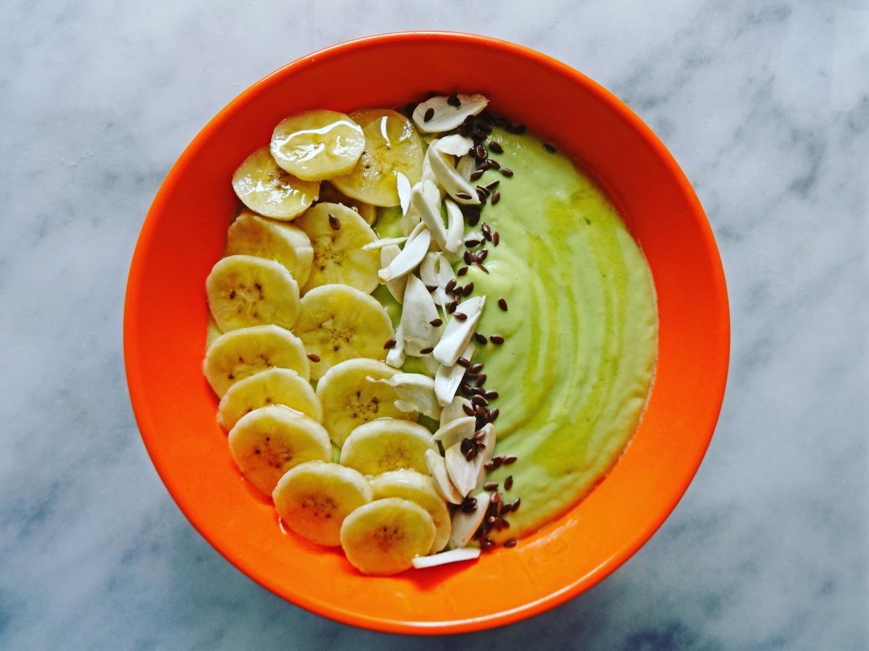 Avocado and Banana Smoothie Bowl